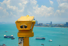 Une machine binoculaire publique Photographie stock libre de droits