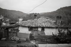 Une maison abandonnée photos stock