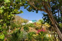 Une maison de location à la plage d'amitié, Bequia Image stock