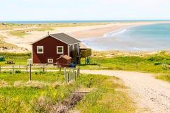 Une maison près de la mer Photo libre de droits
