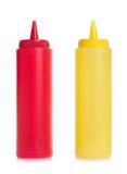 Une mayonnaise et bouteilles de ketchup de tomate Photos libres de droits