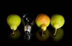 Une meilleure poire est une ampoule Photo stock