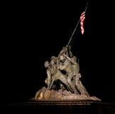 Une nuit tirée du mémorial d'usmc photos libres de droits