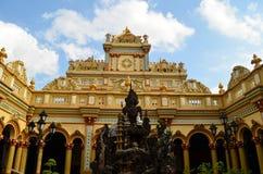 Une pagoda d'or Images libres de droits