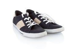 Une paire de chaussure bleue classique générique Photos libres de droits