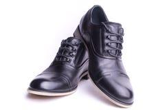 Une paire des chaussures des hommes Photo libre de droits