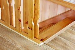 Une partie d'un escalier en bois Fond photo libre de droits