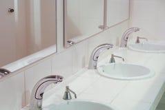 Une partie de l'intérieur de toilettes Images stock