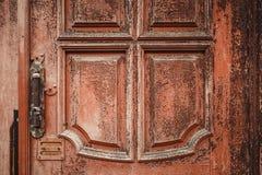 Une partie de porte en bois grunge de vieux vintage Photographie stock libre de droits