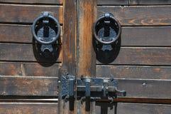 Une partie de porte médiévale Photographie stock