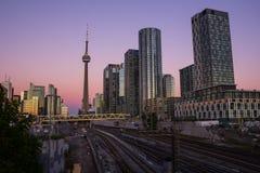 Une partie de Toronto du centre au coucher du soleil Photos stock