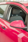 Une partie de voiture rose. Images stock