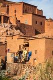 Une partie du château d'Ait Benhaddou, une ville enrichie, le forme Photos stock