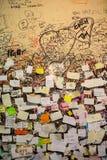 Une partie du mur couvert de messages d'amour en maison de Juliet, Vérone Images libres de droits