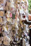 Une partie du mur couvert de messages d'amour en maison de Juliet, Vérone Photos stock