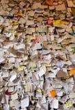 Une partie du mur couvert de messages d'amour en maison de Juliet, Vérone, Photos libres de droits