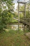 Une passerelle de oscillation au-dessus de Craig Creek Image libre de droits
