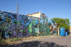 Une peinture murale comme promotion des ventes ou : Le magicien d'AZ Photographie stock