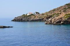 Une petite église grecque dans Loutro, Crète Grèce Images stock