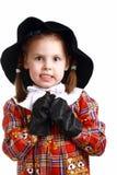 Une petite fille se préparent à la boxe Image libre de droits