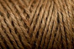 Une photo d'une texture d'une bobine de corde naturelle de chanvre photos libres de droits