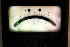 Une photo de détail d'un électromètre de vintage Photo libre de droits