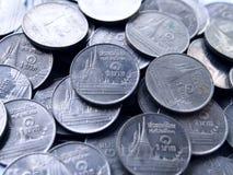 Une pièce de monnaie thaïlandaise de baht Photographie stock libre de droits