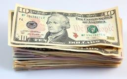 Une pile de billets de banque, billets d'un dollar Photos libres de droits