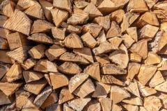 Une pile de bois images stock