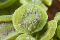 Une pile de kiwi sec Image stock