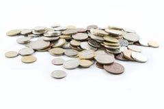 Une pile de vieilles pièces de monnaie photographie stock libre de droits