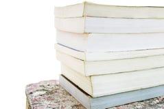 Une pile de vieux livres colorés Image libre de droits