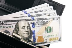 Une pile des billets de banque des USA avec des portraits de président Argent liquide des billets d'un dollar, fond d'image du do photographie stock libre de droits