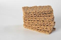 Une pile des tranches sèchent le pain photo libre de droits