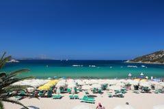 Une plage chez Baja Sardaigne Photo stock