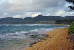 Une plage sur Kauai - îles hawaïennes Photographie stock
