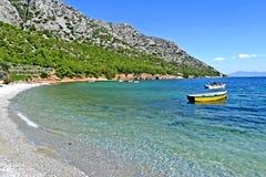 Une plage sur l'île de samos Grèce photos stock
