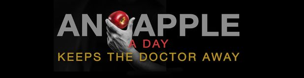 Une pomme par jour… Photo stock