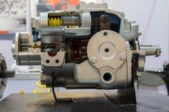 une pompe à piston pour l'équipement résistant images libres de droits
