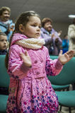 Une réunion de fête et un concert sur 9 peuvent 2017 dans la région de Kaluga de la Russie Photographie stock libre de droits