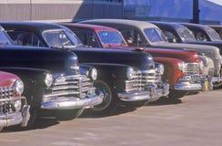 Une rangée des voitures classiques pour les films à Burbank, la Californie image libre de droits