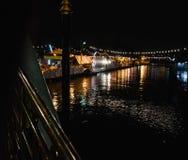 Une rivière Night_2 de festival de temple Image libre de droits