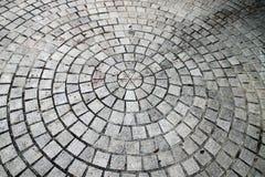 Une route de pavé rond - configuration de cercle Photos libres de droits
