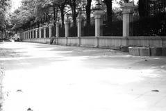 Une route près de la résidence photographie stock libre de droits