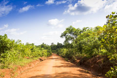 Une route rurale untarred Photo stock