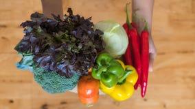 Une sélection des légumes frais pour une alimentation saine de coeur comme recommandé par des médecins Photo libre de droits