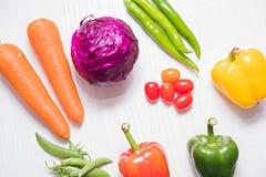 Une sélection des légumes frais pour une alimentation saine de coeur comme recommandé par des médecins Photos libres de droits