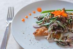 Une salade délicieuse Images stock