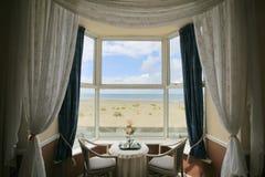 Une salle avec une vue Photos stock