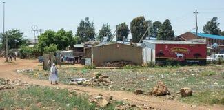 Une scène de banlieue noire de Soweto Images stock